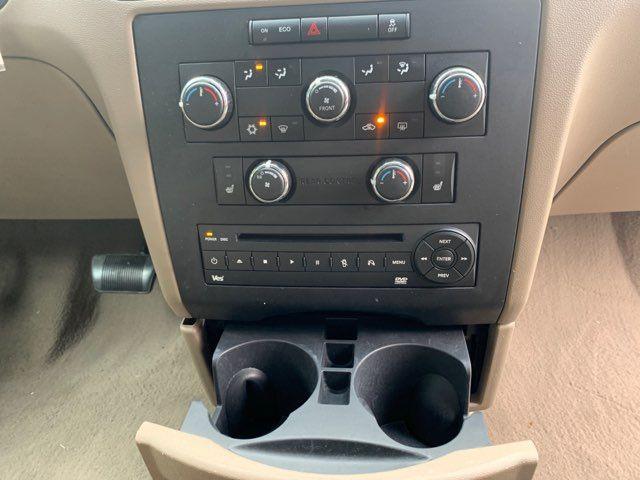 2011 Volkswagen Routan SE in Houston, TX 77020