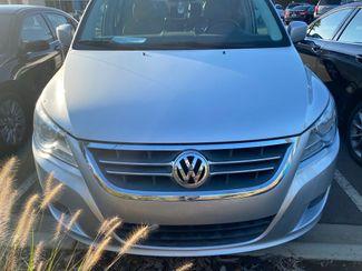2011 Volkswagen Routan SE in Kernersville, NC 27284