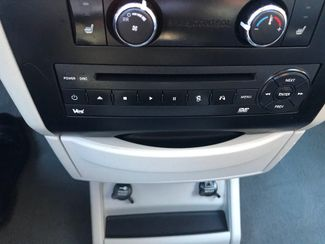 2011 Volkswagen Routan SE w/RSE; Navigation Knoxville , Tennessee 23