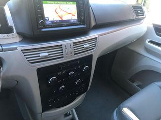 2011 Volkswagen Routan SE w/RSE; Navigation Knoxville , Tennessee 26
