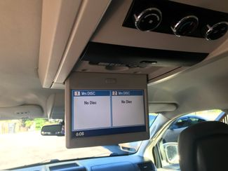 2011 Volkswagen Routan SE w/RSE; Navigation Knoxville , Tennessee 44