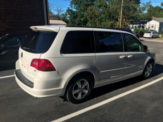 2011 Volkswagen Routan SE w/RSE; Navigation Knoxville , Tennessee 53