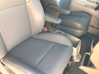 2011 Volkswagen Routan SE w/RSE; Navigation Knoxville , Tennessee 68