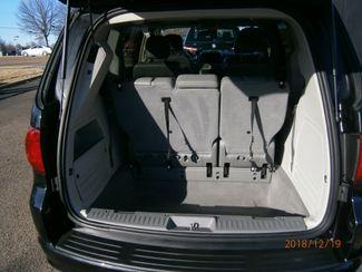 2011 Volkswagen Routan SE w/RSE Memphis, Tennessee 1