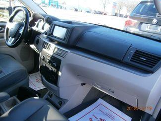 2011 Volkswagen Routan SE w/RSE Memphis, Tennessee 13