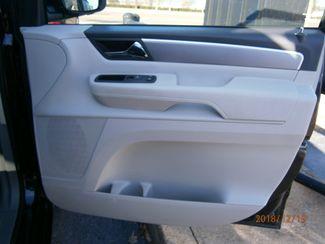 2011 Volkswagen Routan SE w/RSE Memphis, Tennessee 14