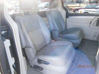 2011 Volkswagen Routan SE w/RSE Memphis, Tennessee 15