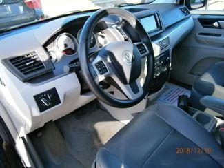 2011 Volkswagen Routan SE w/RSE Memphis, Tennessee 4