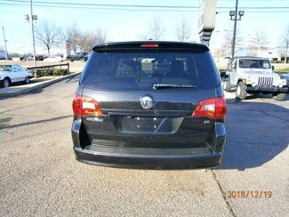 2011 Volkswagen Routan SE w/RSE Memphis, Tennessee 32