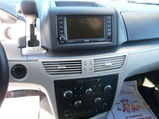 2011 Volkswagen Routan SE w/RSE Memphis, Tennessee 7