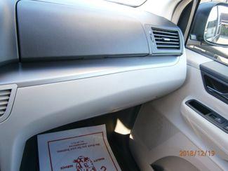 2011 Volkswagen Routan SE w/RSE Memphis, Tennessee 8