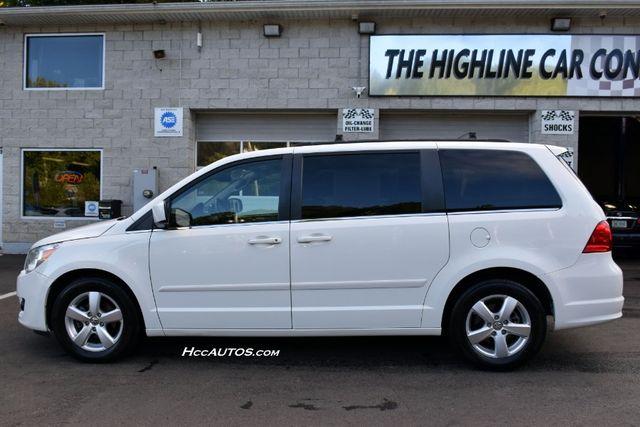 2011 Volkswagen Routan SEL Premium Waterbury, Connecticut 1