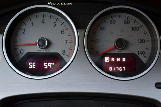 2011 Volkswagen Routan SEL Premium Waterbury, Connecticut 27