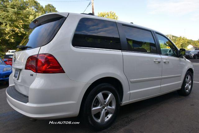 2011 Volkswagen Routan SEL Premium Waterbury, Connecticut 3