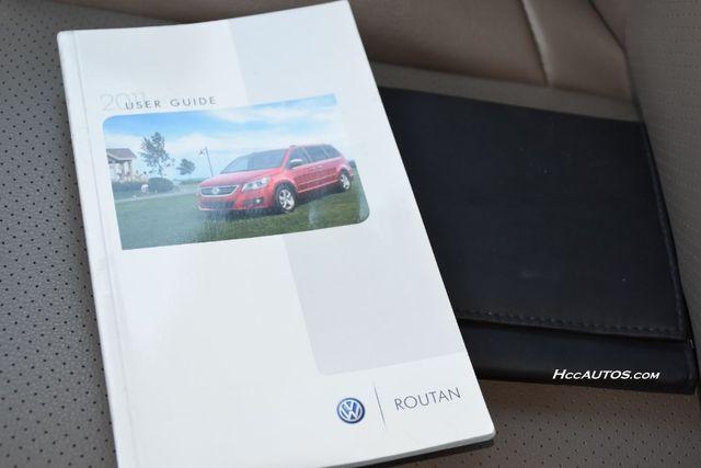 2011 Volkswagen Routan SEL Premium Waterbury, Connecticut 34
