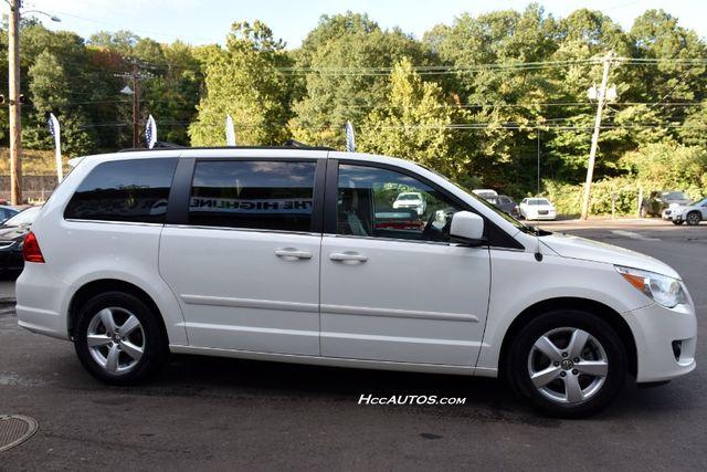 2011 Volkswagen Routan SEL Premium Waterbury, Connecticut 4