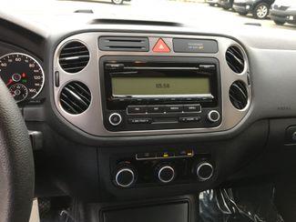 2011 Volkswagen Tiguan S 4Motion Farmington, MN 5