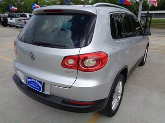 2011 Volkswagen Tiguan SE  city TX  Texas Star Motors  in Houston, TX