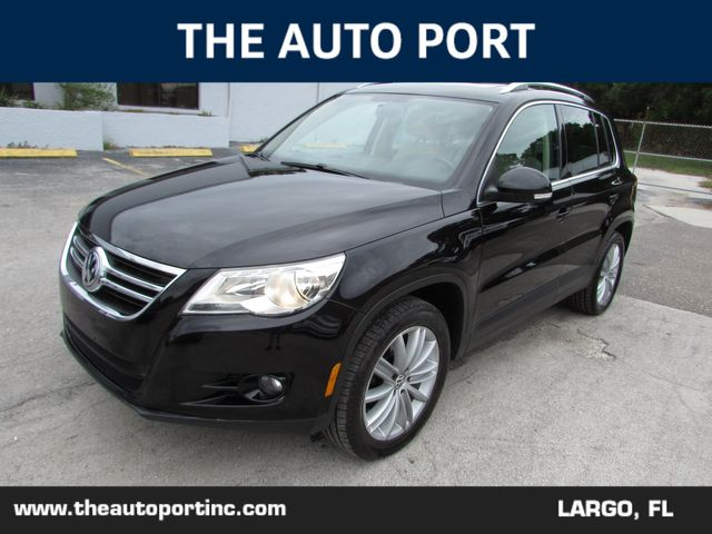 2011 Volkswagen Tiguan SE 4Motion in Largo, Florida 33773