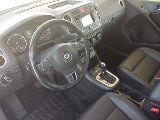 2011 Volkswagen Tiguan SE 4Motion wSunroof & Navi LINDON, UT 11