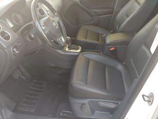 2011 Volkswagen Tiguan SE 4Motion wSunroof & Navi LINDON, UT 15