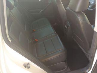 2011 Volkswagen Tiguan SE 4Motion wSunroof & Navi LINDON, UT 17