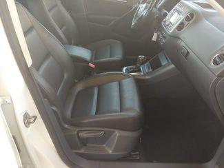 2011 Volkswagen Tiguan SE 4Motion wSunroof & Navi LINDON, UT 18