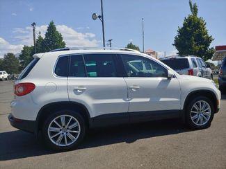2011 Volkswagen Tiguan SE 4Motion wSunroof & Navi LINDON, UT 9
