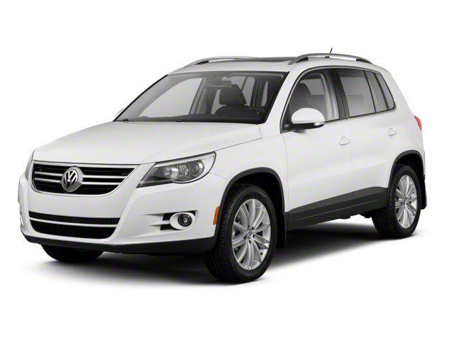 2011 Volkswagen Tiguan SE w/Sunroof &38; Navi in Tomball, TX 77375