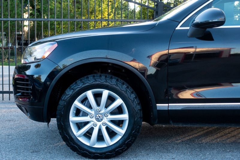 2011 Volkswagen Touareg Sport   Texas  EURO 2 MOTORS  in , Texas