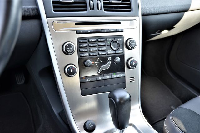 2011 Volvo XC60 3.2L Reseda, CA 22