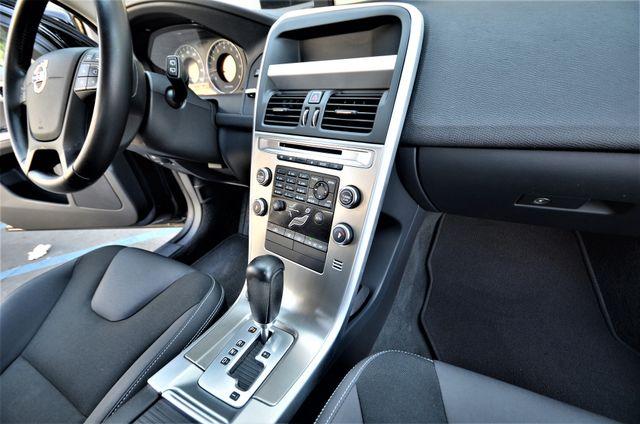 2011 Volvo XC60 3.2L Reseda, CA 35