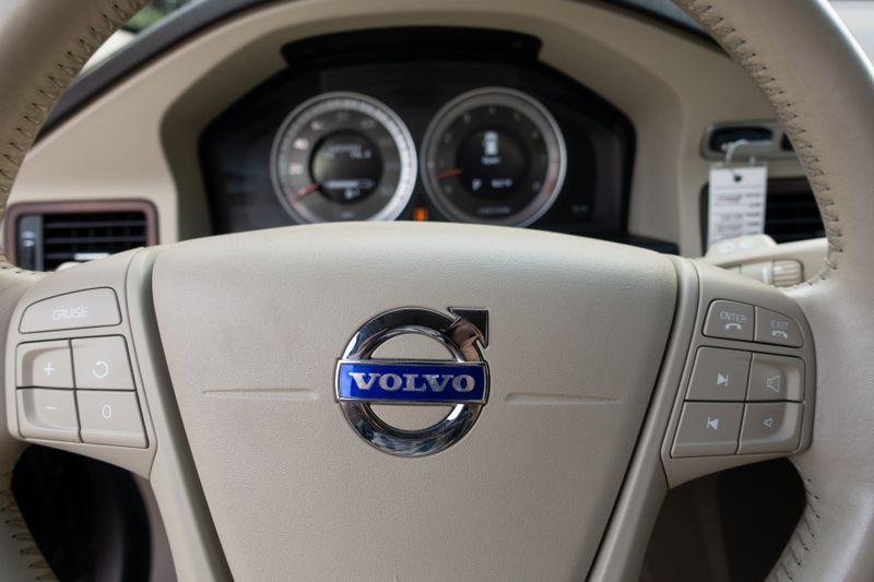 2011 Volvo XC70 32L   Texas  EURO 2 MOTORS  in , Texas