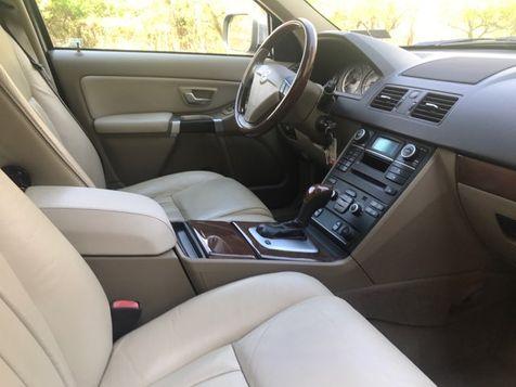 2011 Volvo XC90 AWD V8  | Malvern, PA | Wolfe Automotive Inc. in Malvern, PA