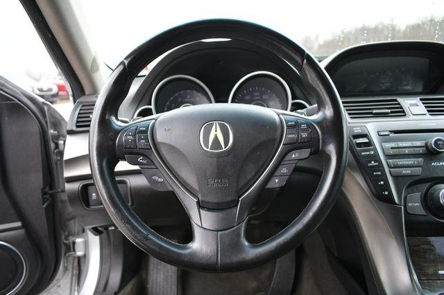 2012 Acura TL Auto Naugatuck, Connecticut 17