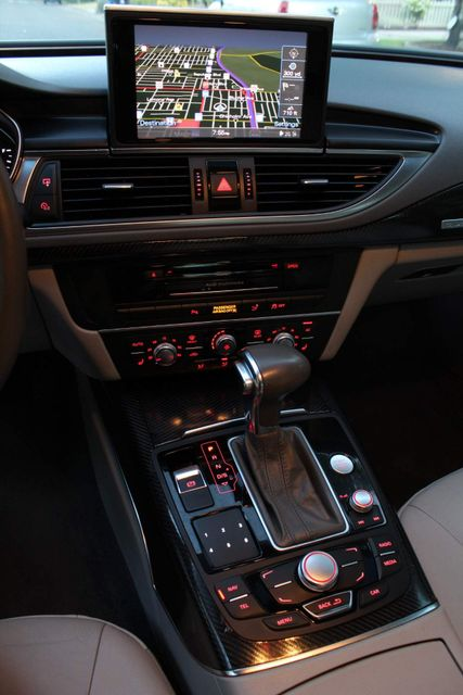 2012 Audi A7 3.0 PREMIUM PLUS NAVIGATION FULLY LOAD SERVICE RECORDS in Van Nuys, CA 91406