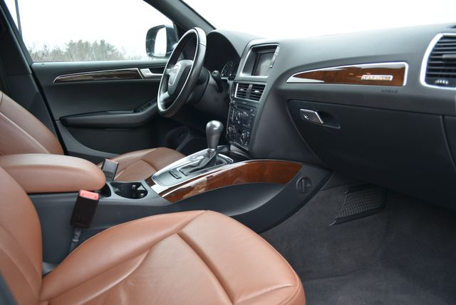 2012 Audi Q5 2.0T Premium Naugatuck, Connecticut 8