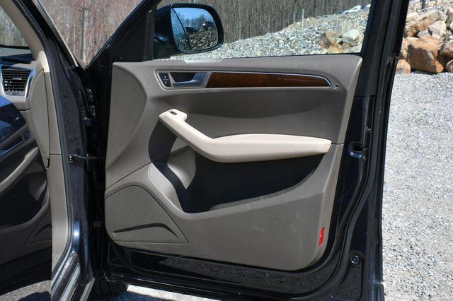 2012 Audi Q5 2.0T Premium Plus Naugatuck, Connecticut 12