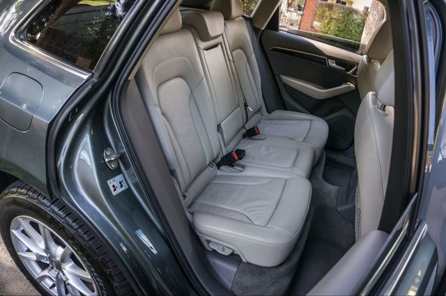 2012 Audi Q5 2.0T Premium Reseda, CA 33