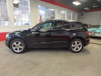 2012 Audi Q5 Quattro, CLEAN, SERVICED &  READY. PREMIUM PLUS Saint Louis Park, MN 1