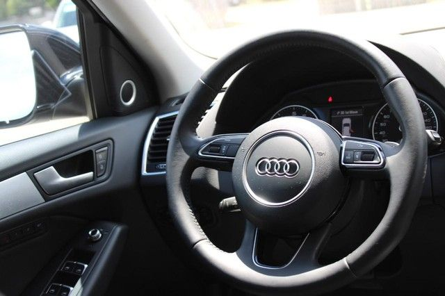 2012 Audi Q5 2.0T Premium Plus St. Louis, Missouri 12