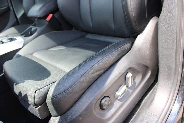 2012 Audi Q5 2.0T Premium Plus St. Louis, Missouri 8