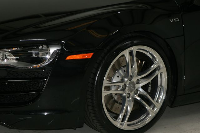 2012 Audi R8 5.2L Houston, Texas 6