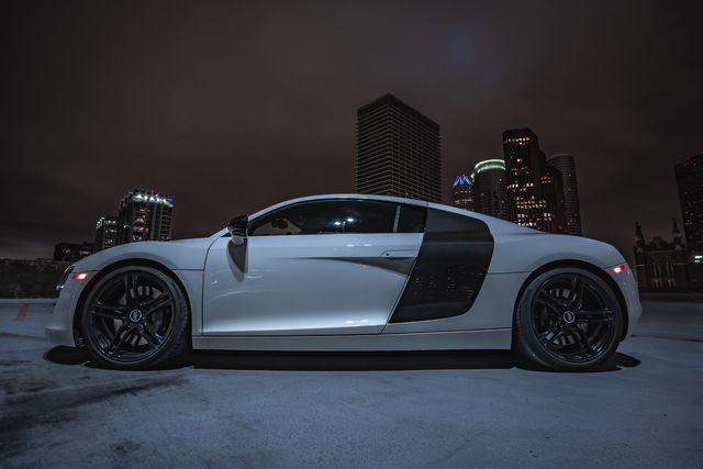 2012 Audi R8 4.2L Houston, Texas 21