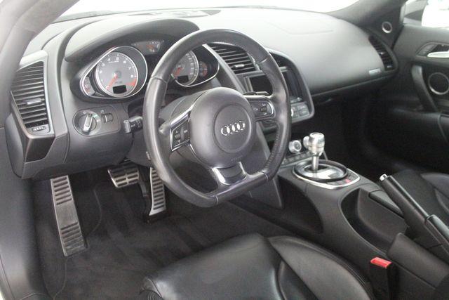 2012 Audi R8 4.2L Houston, Texas 24