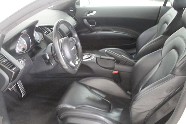 2012 Audi R8 4.2L Houston, Texas 25