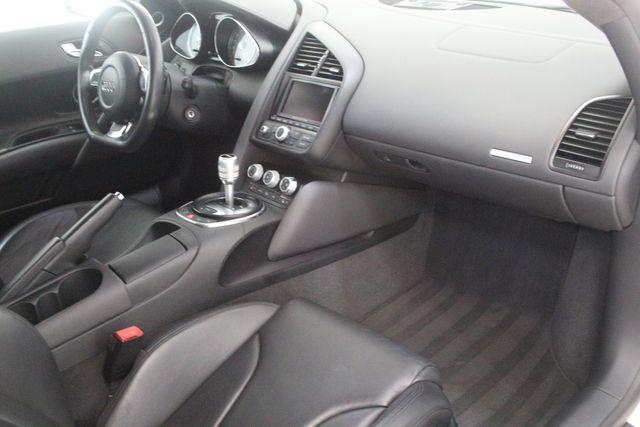 2012 Audi R8 4.2L Houston, Texas 27