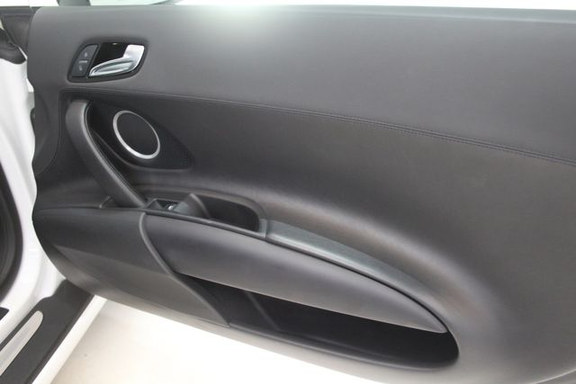 2012 Audi R8 4.2L Houston, Texas 28
