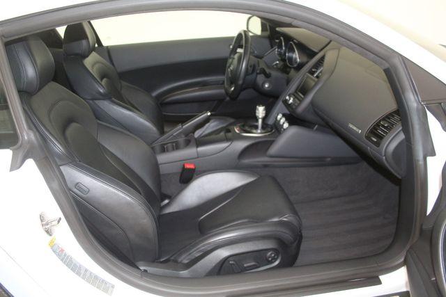2012 Audi R8 4.2L Houston, Texas 32