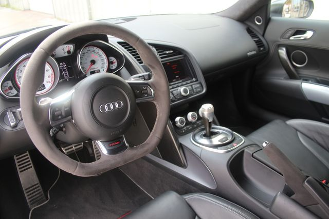 2012 Audi R8 5.2L GT Houston, Texas 27